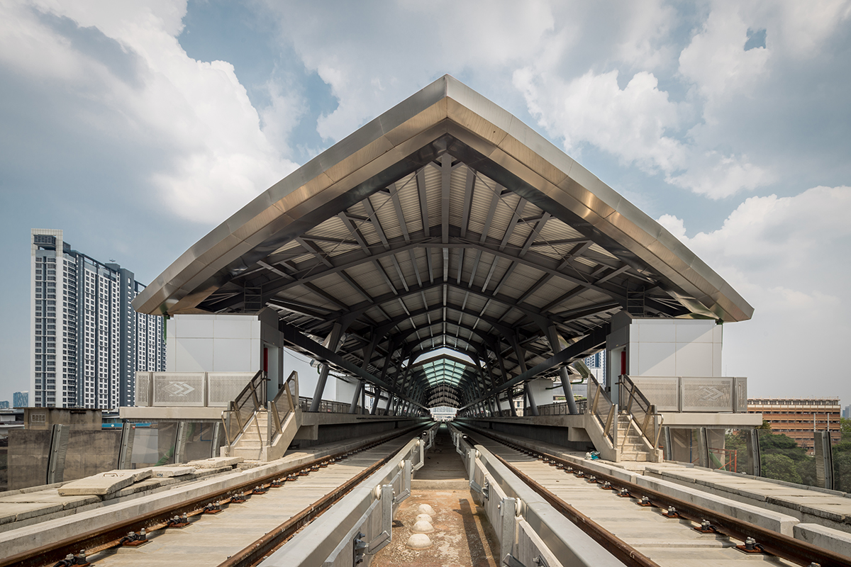 MRT: Blue Line Station